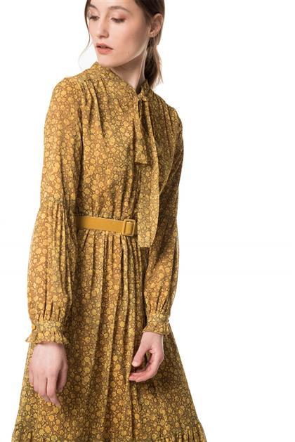 Boyundan Bağlamalı Kemer Detaylı Sarı Renk Desenli Elbise V20YELB17013