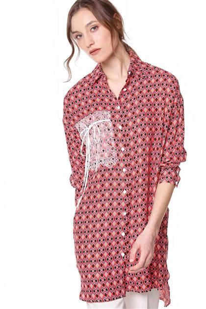 Cep Detaylı Desenli Kırmızı Gömlek Tunik V20YGML22007
