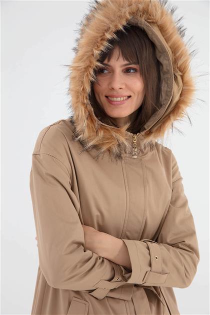 Kürk Kapşonlu Belden Bağcıklı Kadın Parka Camel V19KPRK39009