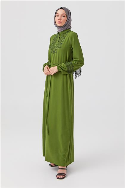 Yeşil Kol Ve Ön Kaneviçe İşlemeli Elbise
