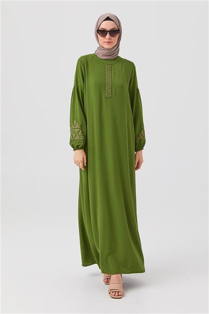Yeşil Nakışlı Düz Kesim Elbise