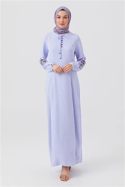 Açık Mavi Kol Nakışlı Yakası Bağlamalı Elbise