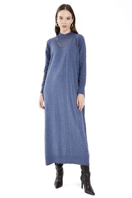 ZÜHRE Yarım Balıkçı Yaka ve Kol Örgü Detaylı Uzun İndigo Triko Elbise E-0296 Z21KBE-0096ELB1001-R1100